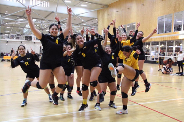 Wellington Volleyball Celebrate their victory